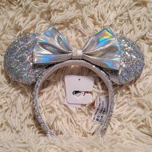 Disney's Minnie Mouse Iridescent Headband/ Ears